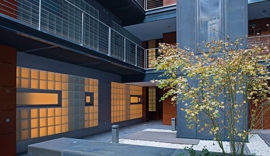 Loft & Concept se muda a un nuevo showroom con una decoración industrial, cálida y acogedora